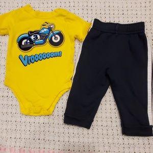 Garanimals baby boy outfit. 6-9 mo.